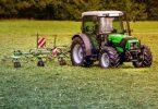 Matériel agricole pour jardiner sur une très grande surface