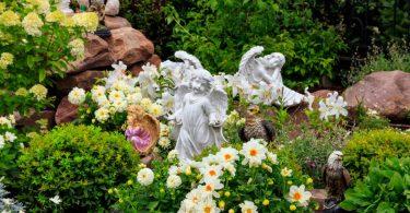 Creer un jardin fleuri dans un pot